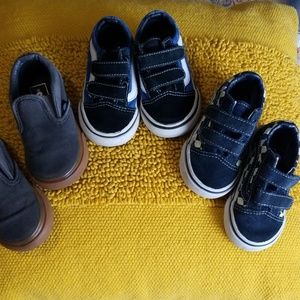 3 pairs of vans shoes size 4.5 and 5.0